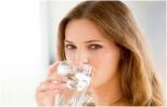 Uống nước lạnh gây hại như thế nào cho sức khỏe?