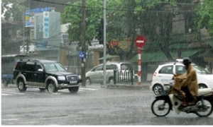 Bắc bộ ngày nắng nóng, chiều tối có mưa dông, đề phòng gió giật mạnh