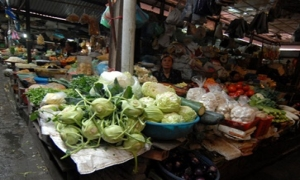 Sau tết thịt, rau tăng giá, quả giảm giá