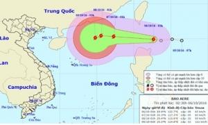 Áp thấp nhiệt đới mạnh lên thành bão, áp sát Biển Đông