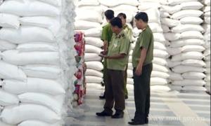 Thu giữ hơn 100 tấn đường lậu