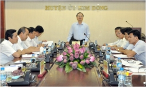 Bí thư Tỉnh ủy Đỗ Tiến Sỹ làm việc tại huyện Kim Động